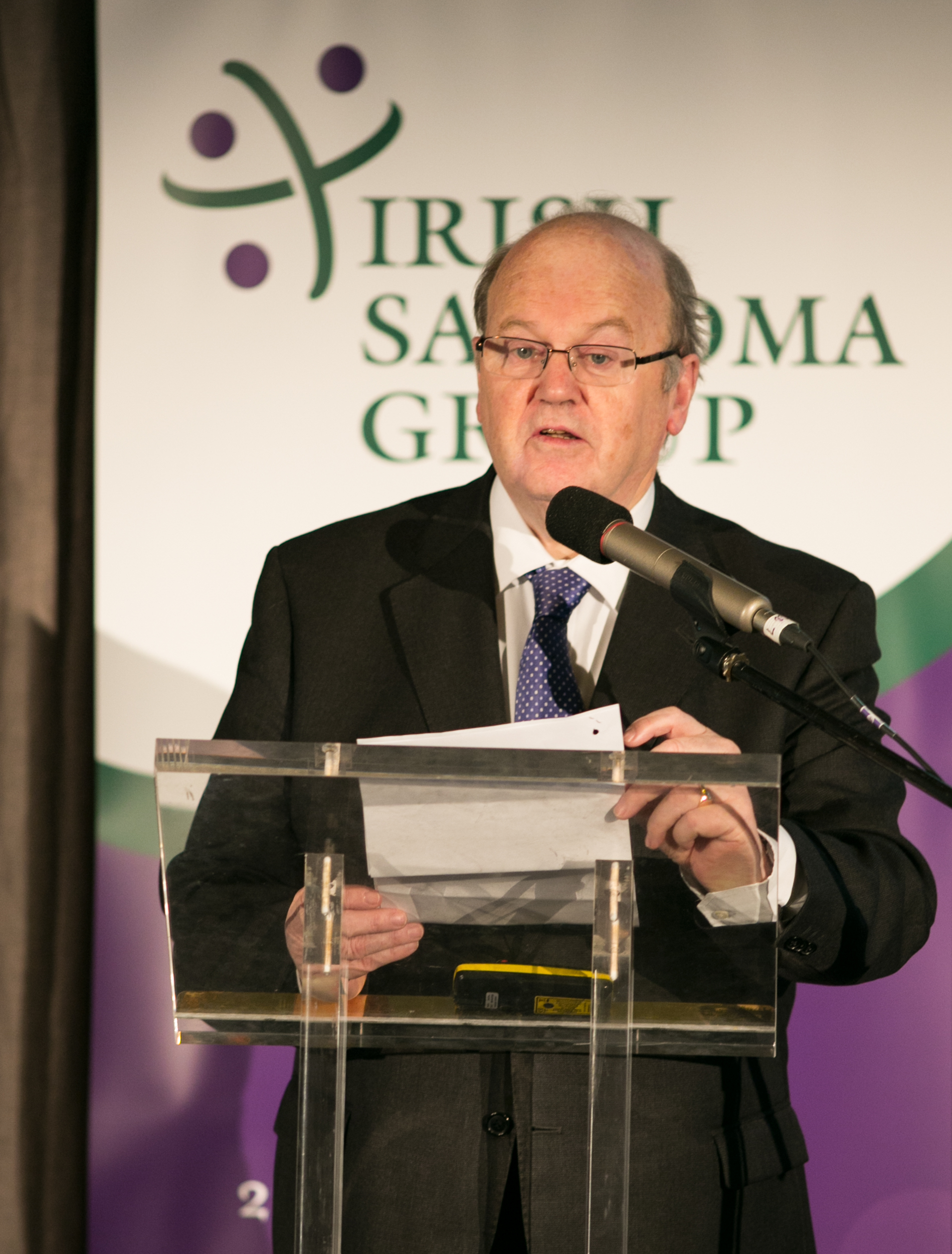 Michael Noonan, TD, Mr Gary O'Toole, Orthopaedic Surgeon, St Vincent's, Cappagh and the Beacon Hospital.
